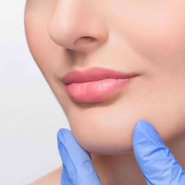 Perfilado e Hidratación labial